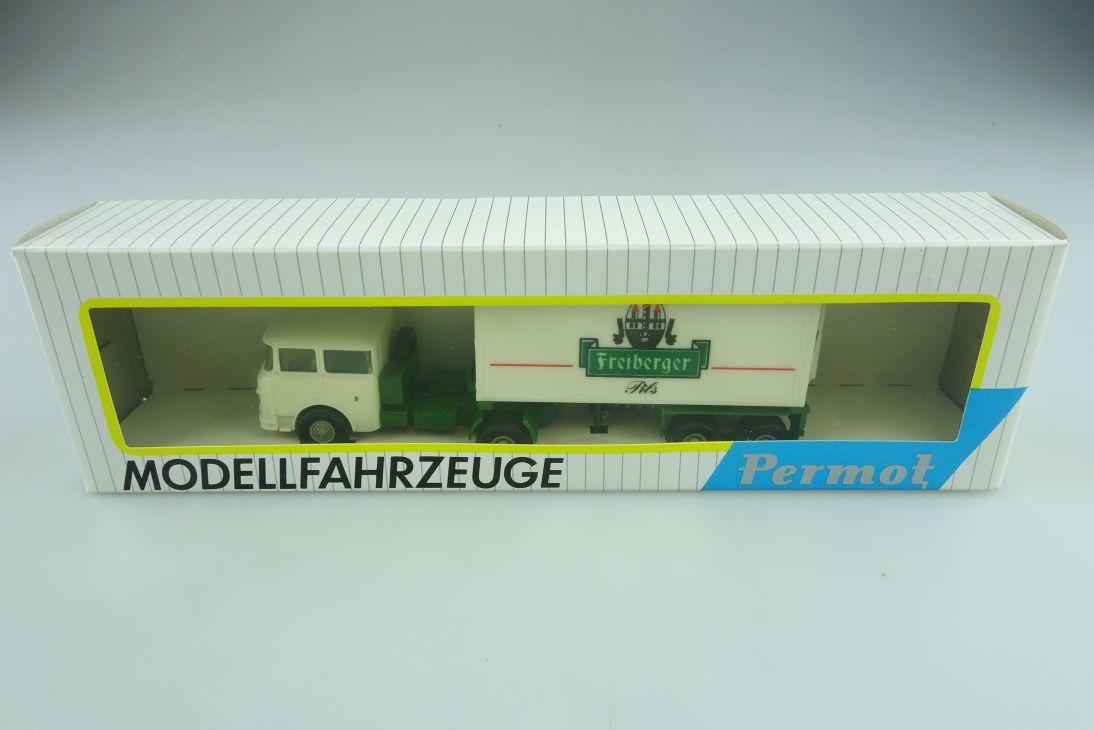 111 Permot 1/87 Skoda Truck LKW Freiberger Pils Container mit Box 511399