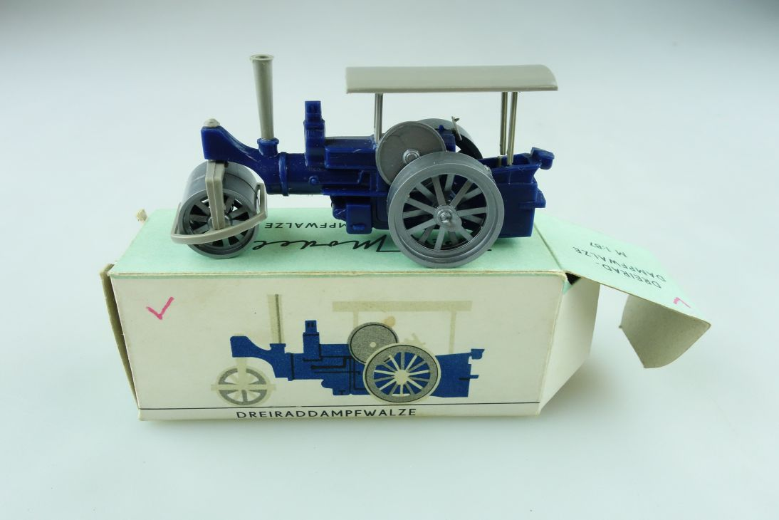 1026 Espewe 1/87 Dreiraddampfwalze Old Smoky DDR mit Box 511429