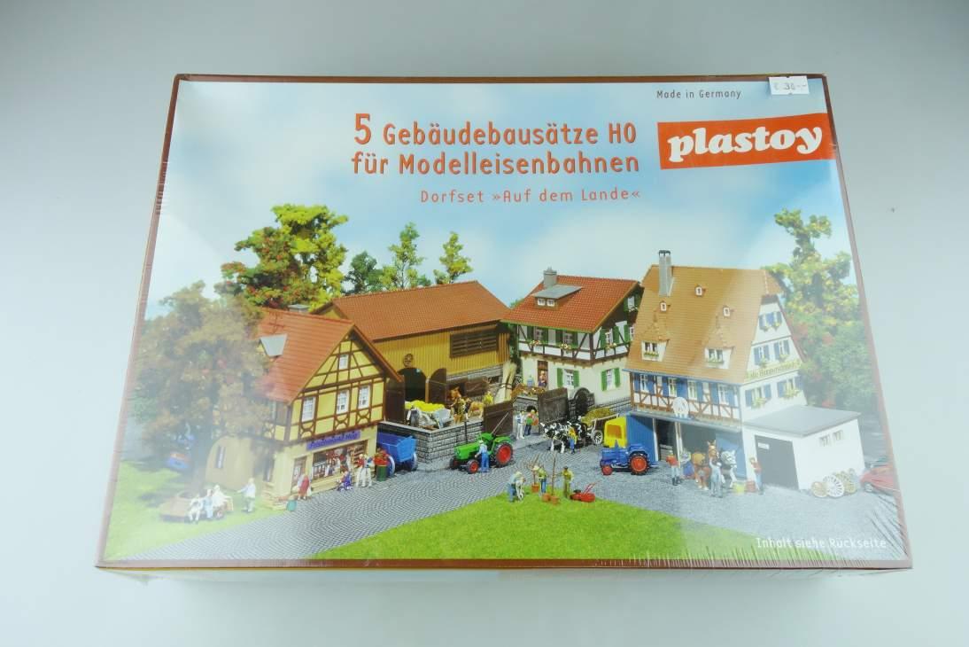 "Plastoy 1/87 H0 Dorfset ""Auf dem Lande"" 5 Gebäude Buildings kit 108464"