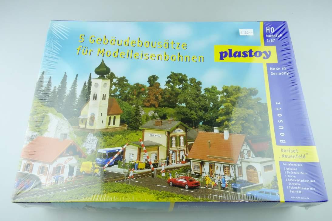 """Plastoy 1/87 H0 Dorfset """"Neuenfeld"""" 5 Gebäude Buildings kit 108466"""