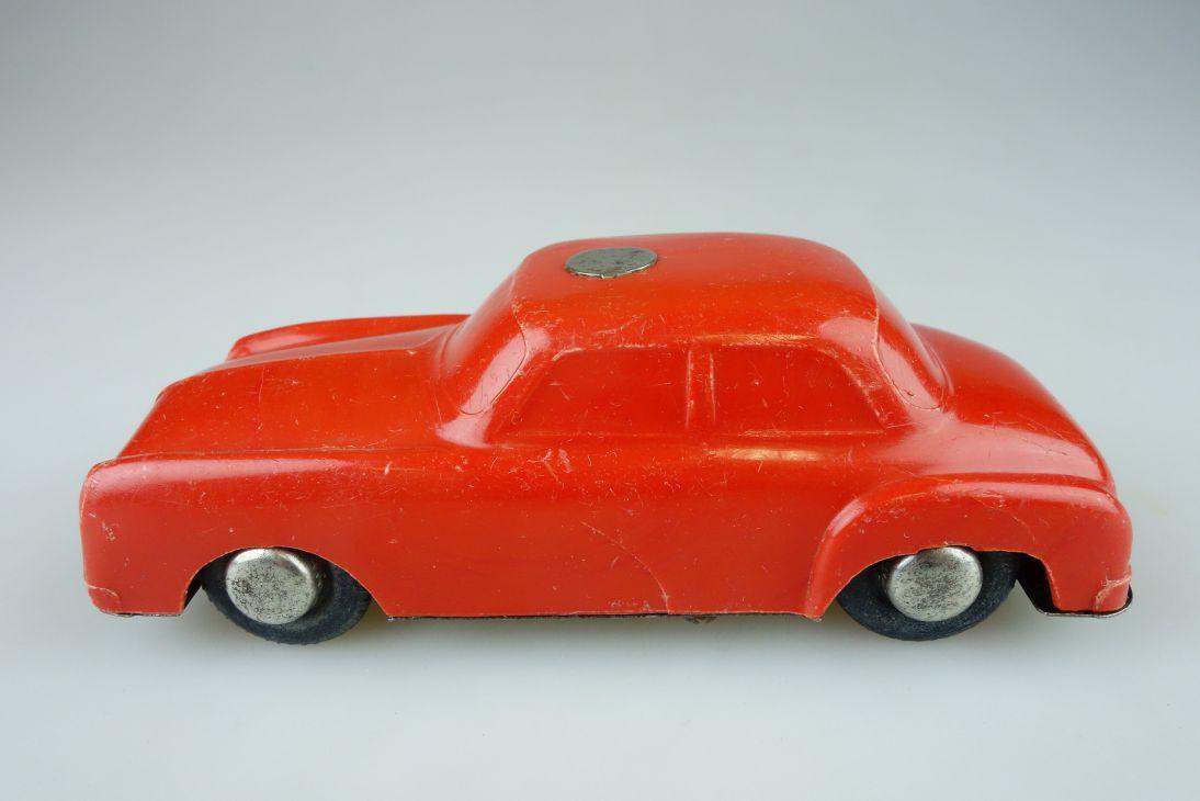 CCCP USSR DDR ? Pkw Plastik Blech Schwungrad Spielzeug Auto 13,5cm 108594