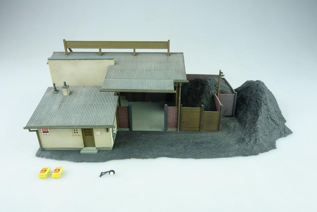 Kibri Kohlehandlung Kohle Lager Schupper gebaut H0 Altmodell 60er 108613
