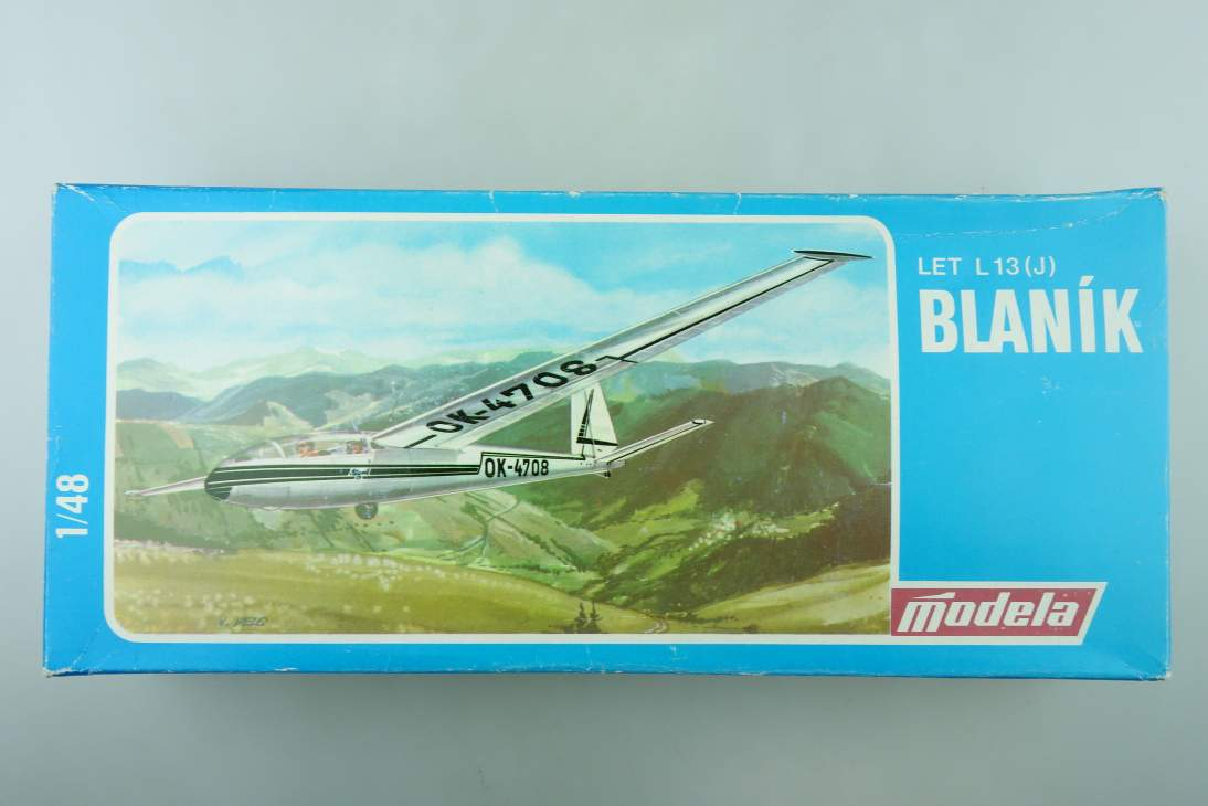 Modela 1/48 LER L13(J) Blaník 2600 vintage plane model kit 108513