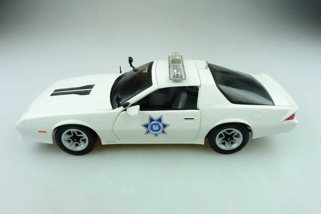 Sun Star 1/18 Chevrolet Camaro Z 28 Police Arizona Highway Patrol o. Box 511571