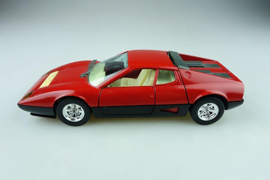 133 Bburago 1/24 Ferrari BB 512 Coupe Racer ohne Box 511591