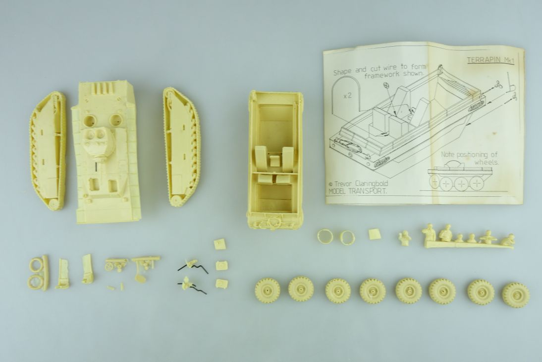 Trevor Claringbold 1/72 o. 1/76 versch. Panzer Konvolut resin kit 108650