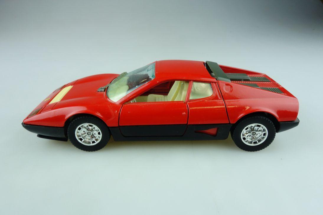 Bburago 1/24 Ferrari BB 512 Coupe 1976 ohne Box 511639