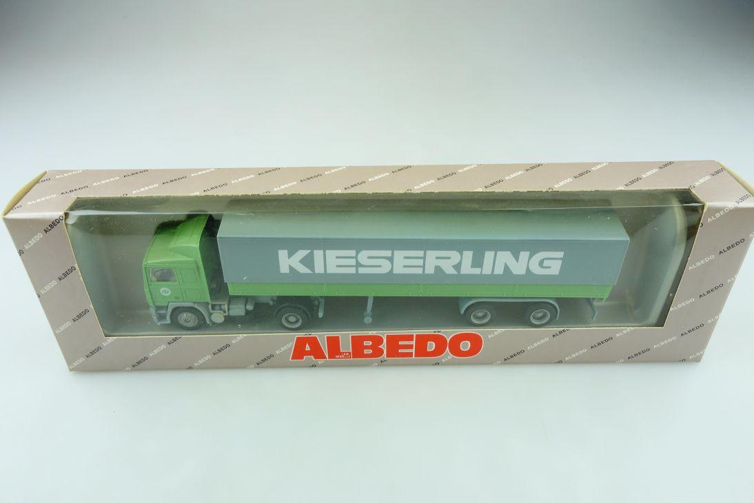 Albedo 1/87 Volvo F12 EKB Pritschensattelzug Kieserling mit Box 511649