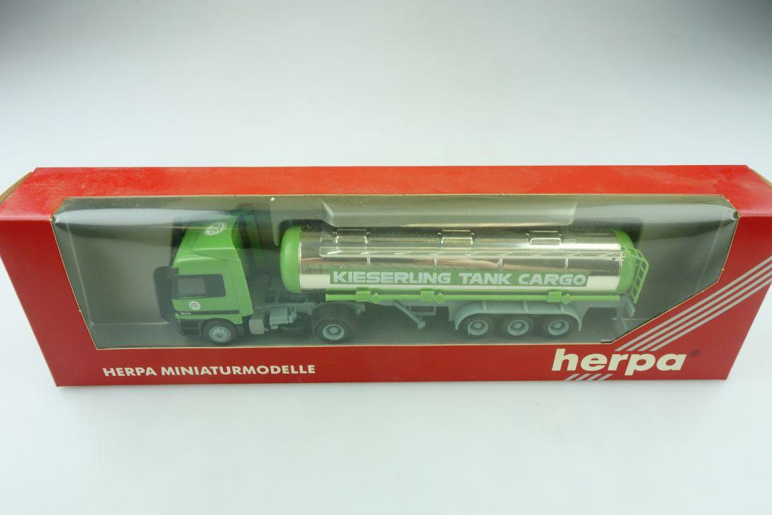 184221 Herpa 1/87 Mercedes Benz Actros 1843 Kieserling Tank Cargo mit Box 511651