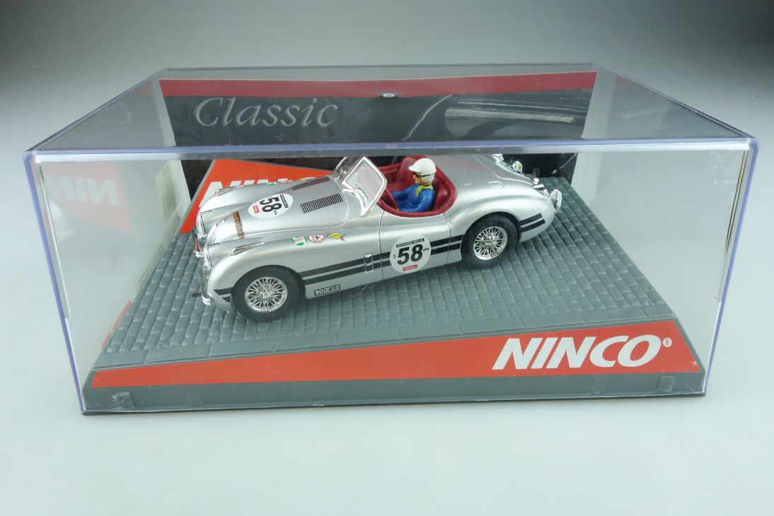 50465 Ninco 1/32 Slotcar Jaguar XK 120 Roadster silver mit Box 511684
