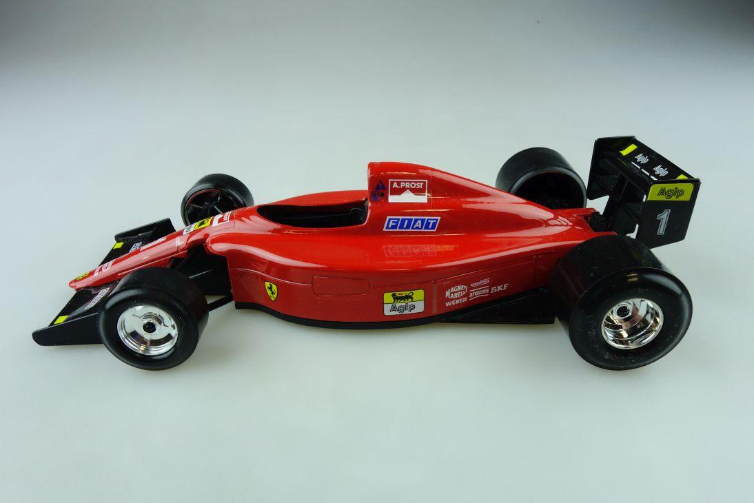 Burago 1/24 Ferrari 641/2 Formel 1 Rennwagen Alan Prost ohne Box 511707