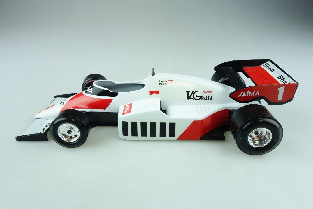 6106 Burago 1/24 Mc Laren MP 4/2 Formel 1 Rennwagen Lauda ohne Box 511708