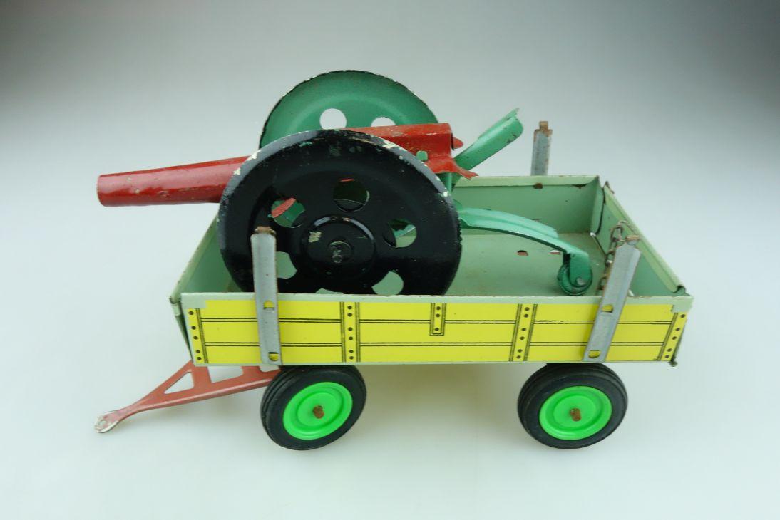 Blech Konvolut ca. 1/20 Agrar Anhänger und Kanone mit Funktion ohne Box 511808