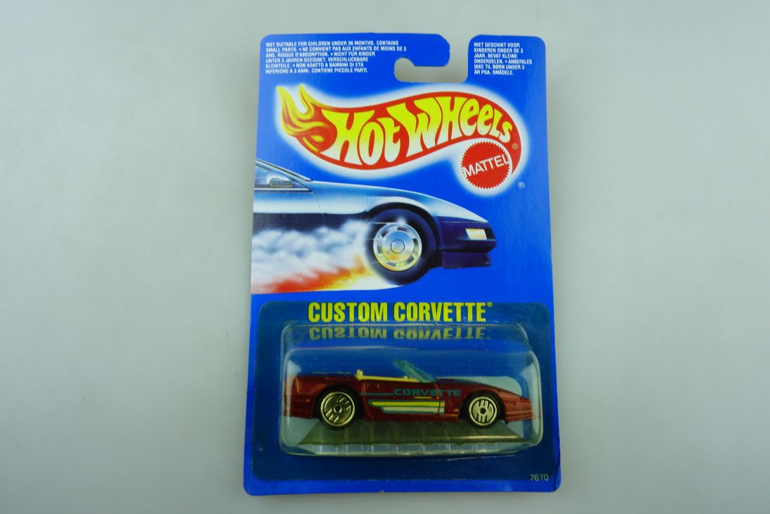 7670 Hot Wheels 1/64 Chevrolet Custom Corvette Malaysia 1989 mit Box 511917