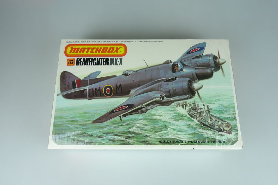 Matchbox 1/72 Beaufighter MK-X PK-103 prop plane model kit sealed 108879