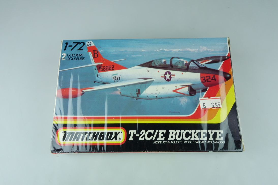 Matchbox 1/72 T-2C/E Buckeye PK-42 plane model kit sealed 108884