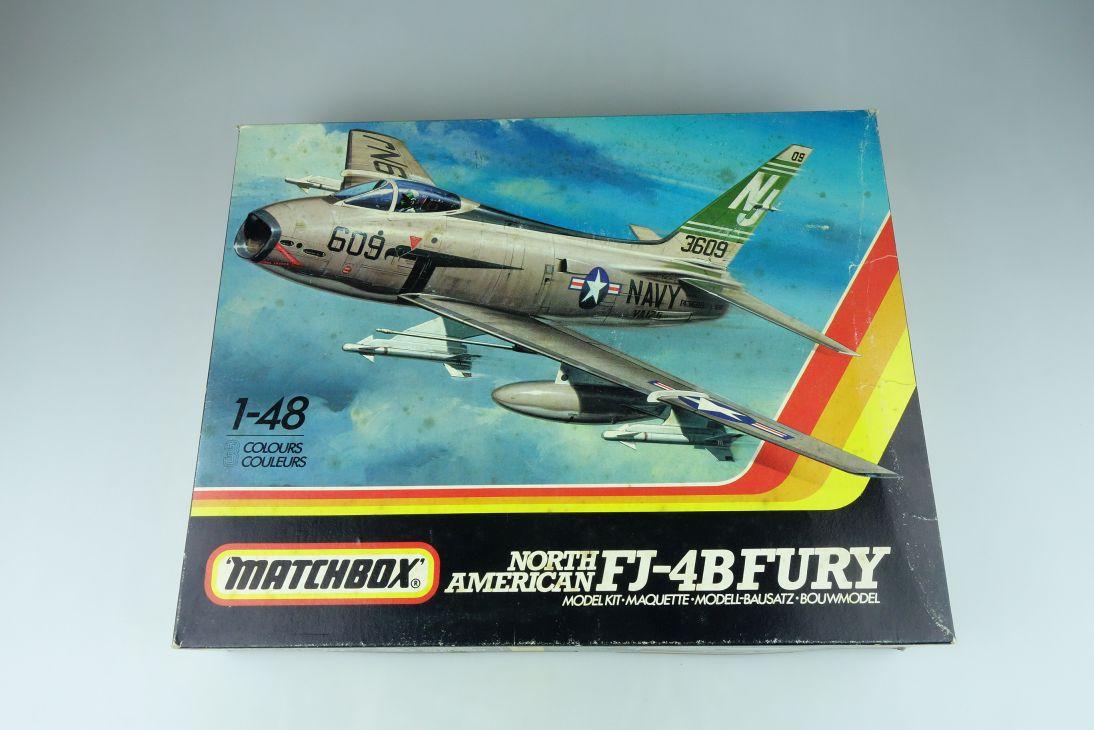 Matchbox 1/48 North American FJ-4B Fury PK-652 plane model kit 108888