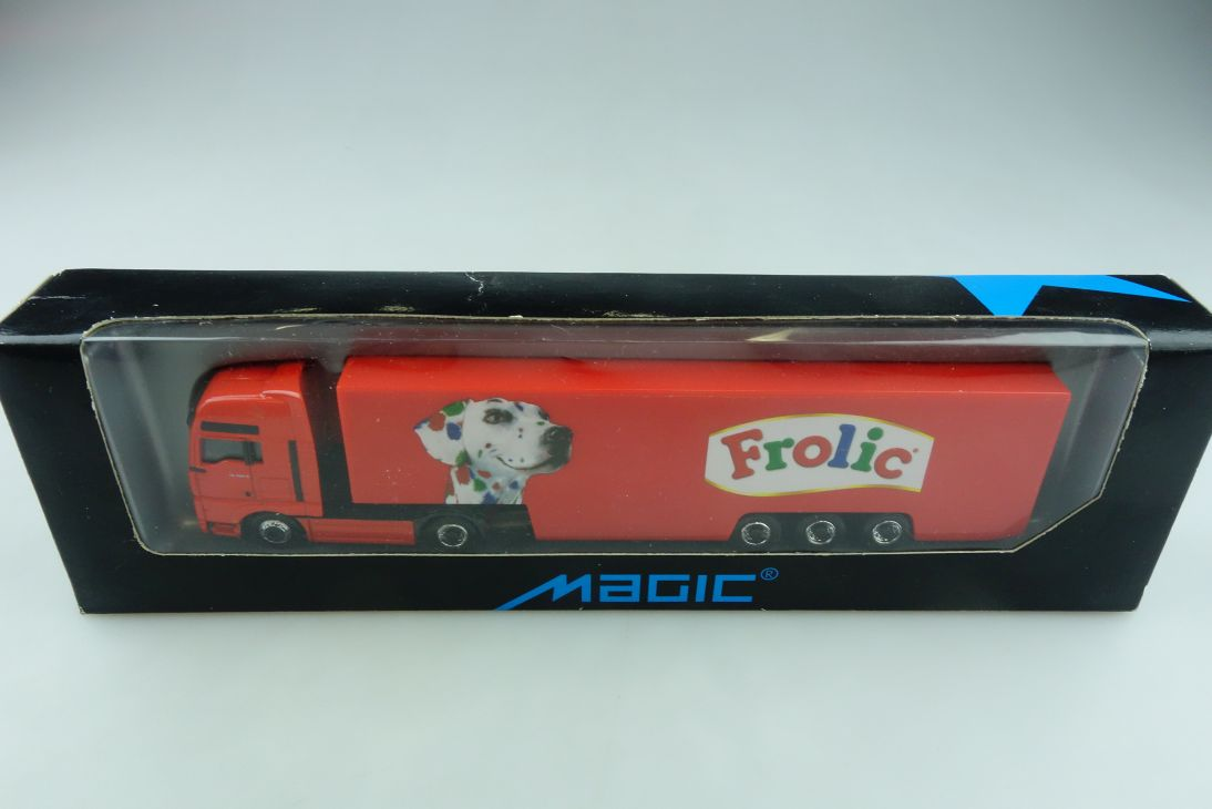 Magic Herpa 1/87 MAN TG 460 A Frolic Koffer Sattelzug Die Cast mit Box 511982