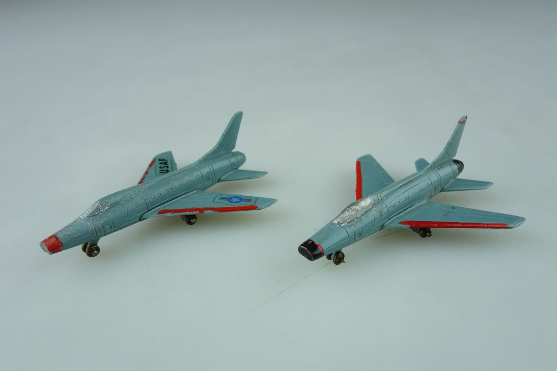 Siku F10a 1/250 Super Sabre US Air Force Plane Flugzeug 109020