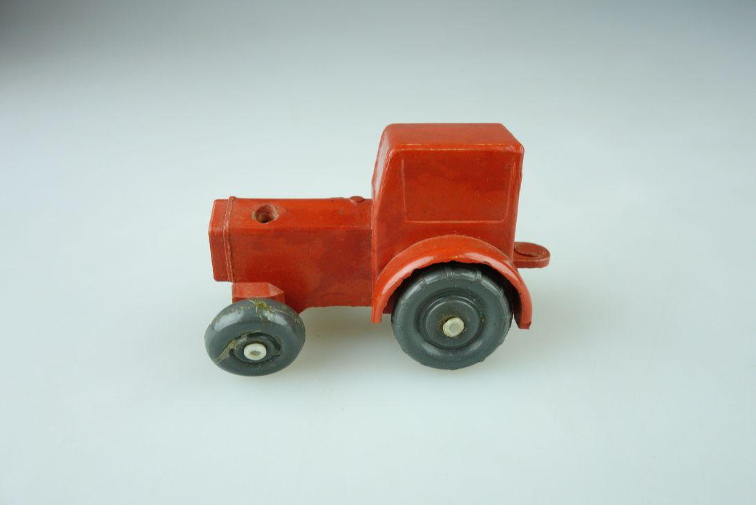 IGES 905 IFA Pionier Traktor Bakelit Modell H0 1/87 109024