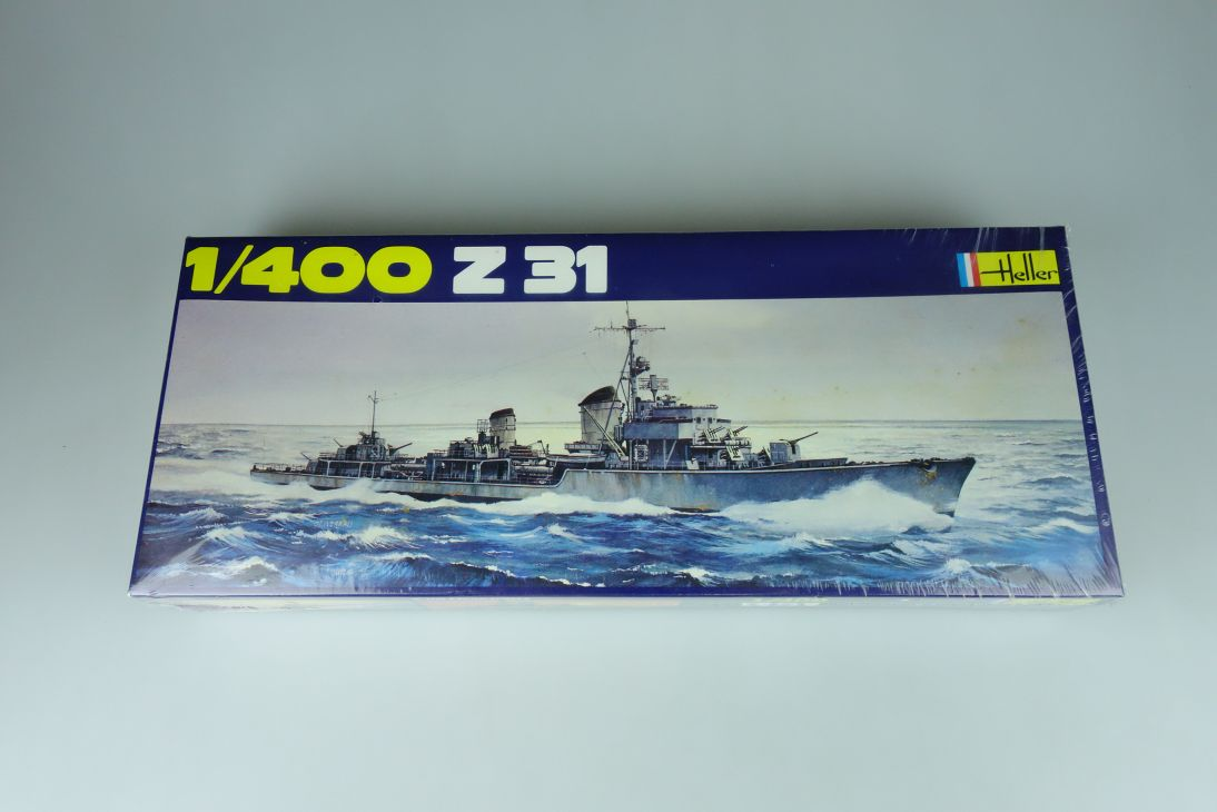 Heller 1/400 Z31 Militär Schiff No1048 model kit 109039