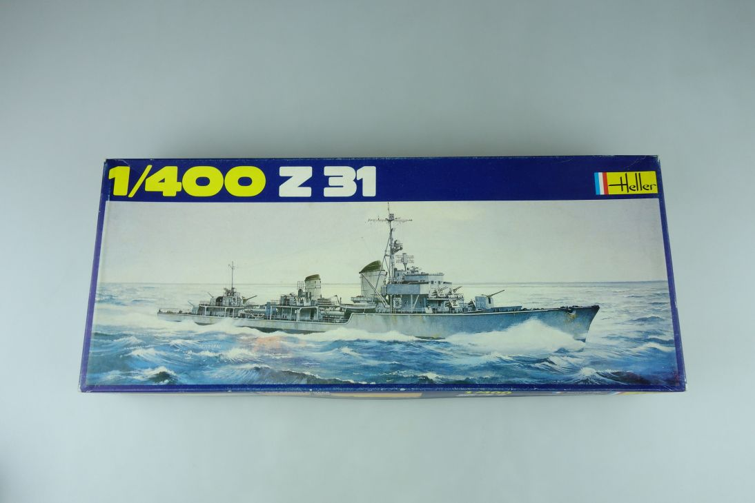 Heller 1/400 Z31 Militär Schiff No1048 model kit 109040