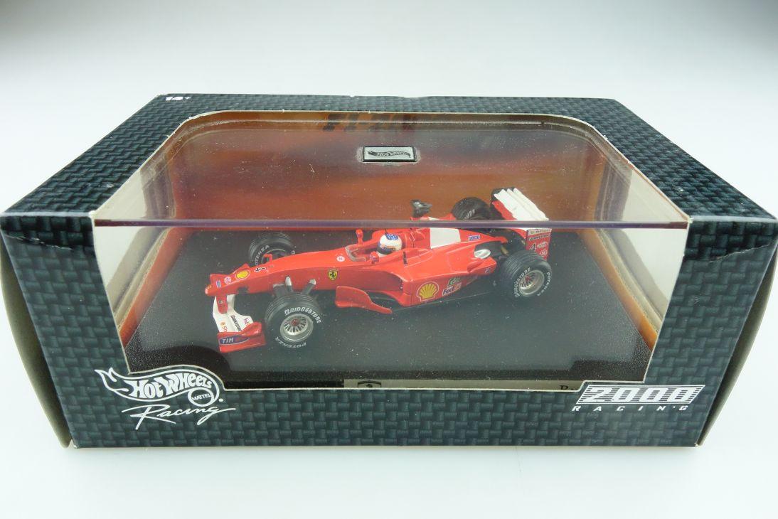 26749 Hot Wheels 1/43 Ferrari F 2000 Formel 1 Rubens Barrichello mit Box  512136