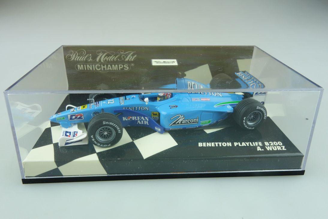 Minichamps 1/43 Benetton Playlife B 200 A. Wurz Formel 1 mit Box 512164