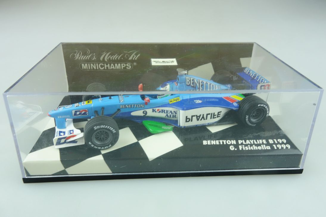 Minichamps 1/43 Benetton Playlife B 199 G.Fisichella 1999 Formel 1 m. Box 512167