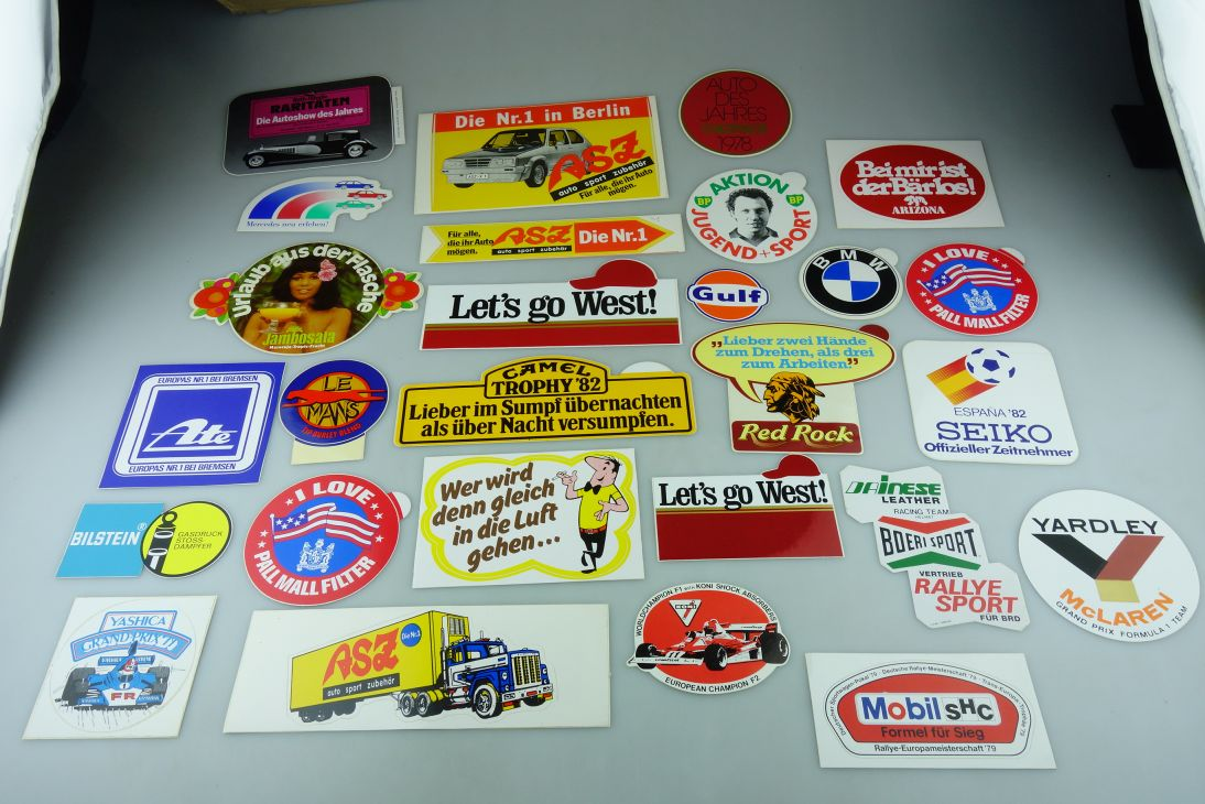 27x alt 70/80er Aufkleber Sticker Camel BP West HB Mobil Pall Mall LeMans 109077