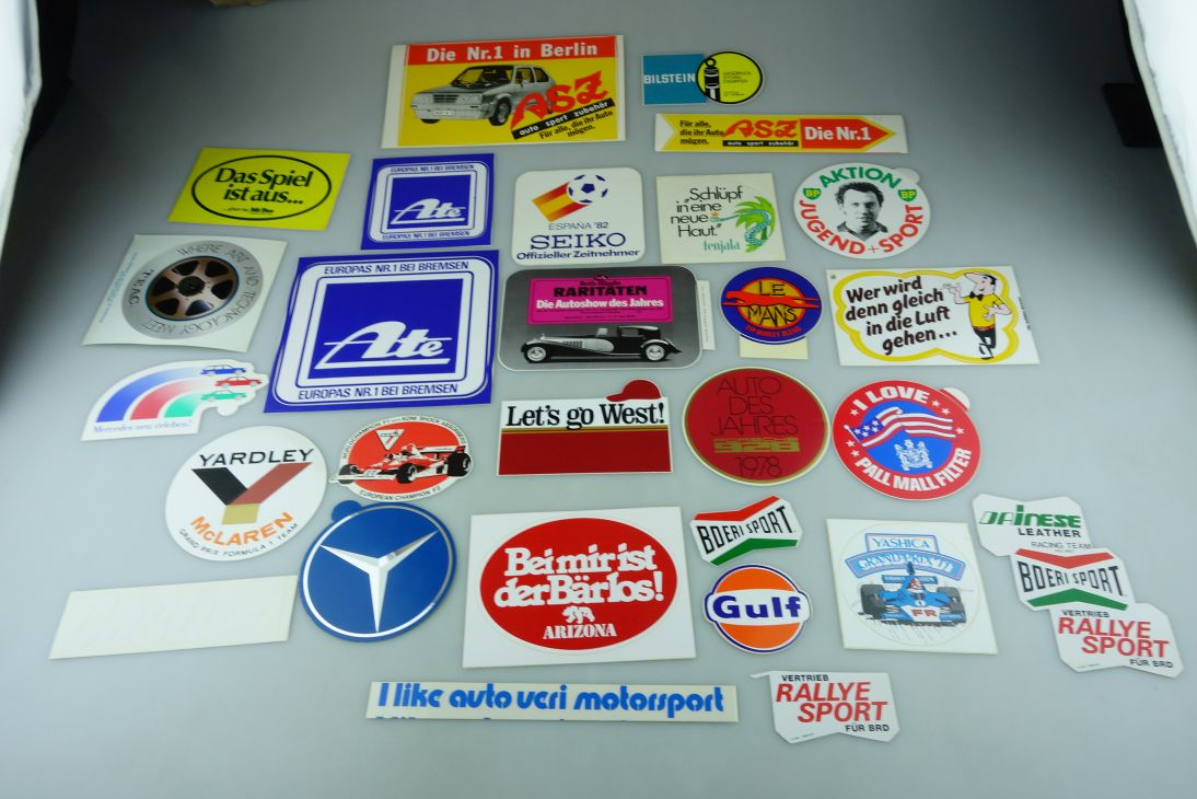 28x alt 70/80er Aufkleber Sticker BP West HB Pall Mall Le Mans Castrol 109078
