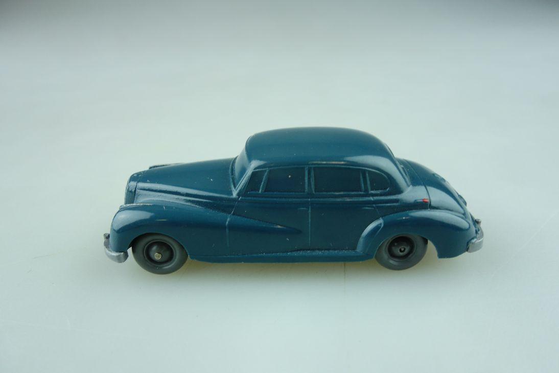 Saure 126 Wiking 1/87 Mercedes Benz 300 Adenauer ozeanblau unverglast  512242