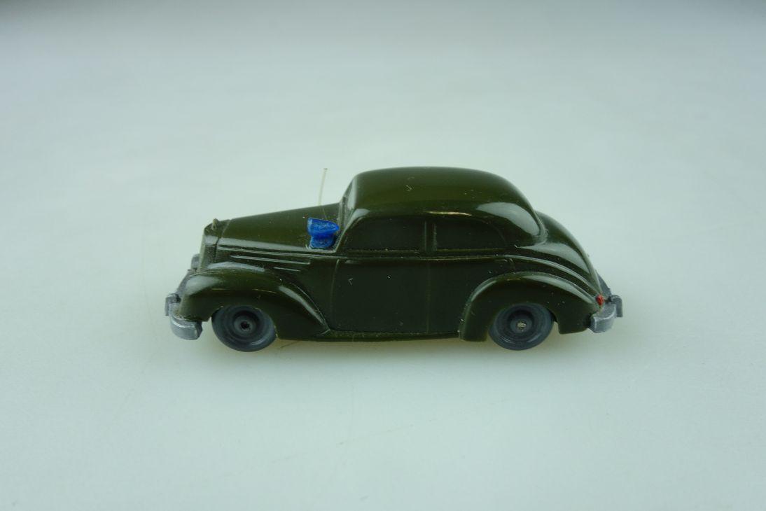 Saure 281 Wiking 1/87 Mercedes Benz 220 Polizei olivgrün unverglast  512243