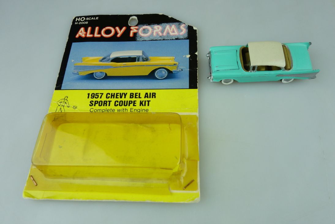 Alloy Forms H0 1957 Chevy Bel Air Sport Coupe Kit H-2008 gebaut Modell 109090