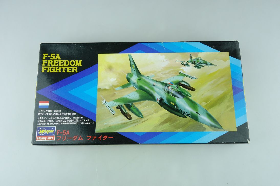 Hasegawa 1/72 F-5A Freedom Fighter No. 00011:400 plane model kit OVP 109147