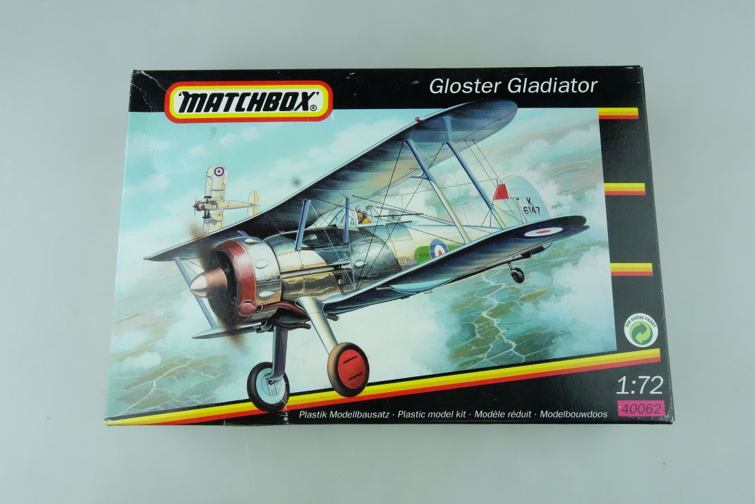 Matchbox 1/72 Gloster Gladiator 40062 prop plane model kit OVP 109163