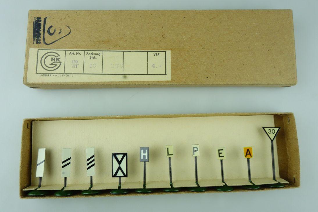 Swart Plauen 1 Satz 10 Signaltafeln 109/321 50er Jahre aus Metall DDR 109182