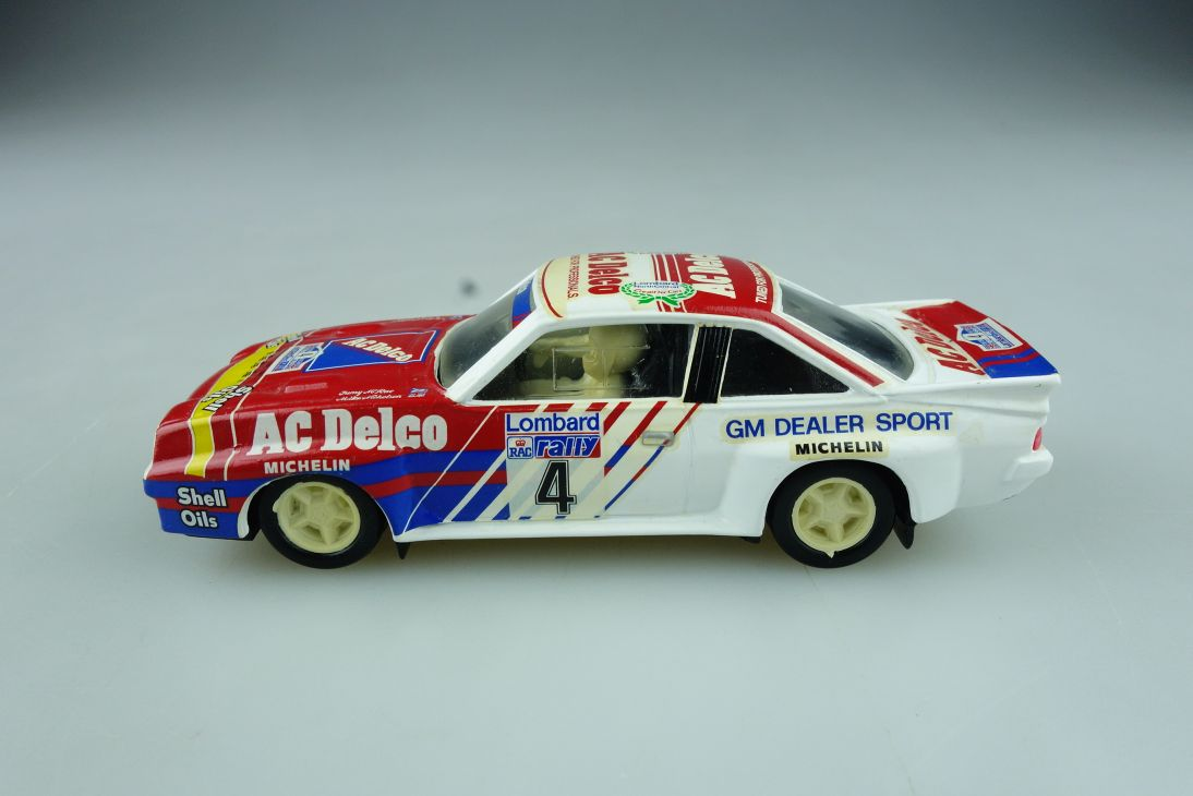 Vitesse 1/43 Opel Manta B 400 Coupe Lombard Rally Mike Nickolson ohne Box 512298