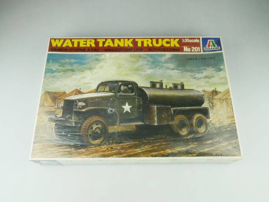 Italeri 1/35 Water Tank Truck No 201 model kit 109220