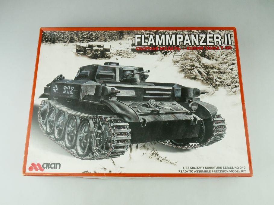 aian 1/35 Flammenpanzer II No 010 model kit 109228