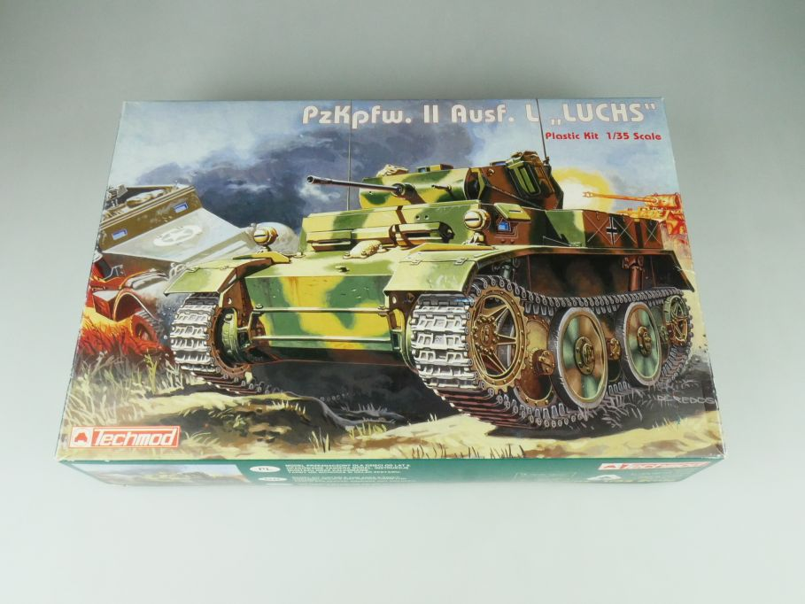 "Techmo 1/35 PzKpfw. II Ausf. L ""Luchs"" 3004 model kit 109231"