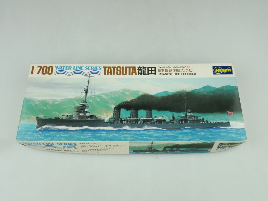 Hasegawa 1/700 Water Line Series Tatsuta Japan Light Cruiser No 93 kit 109298