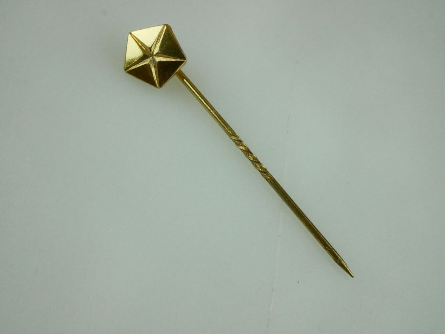 vintage Chrysler corporation Anstecknadel needle pin gold 333 badge 109458