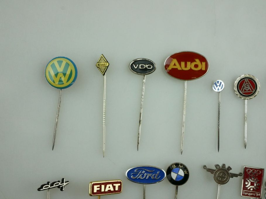 18x Anstecknadel Volkswagen Audi VDO daf Ford Fiat IGM BMW Karmann pin 109461