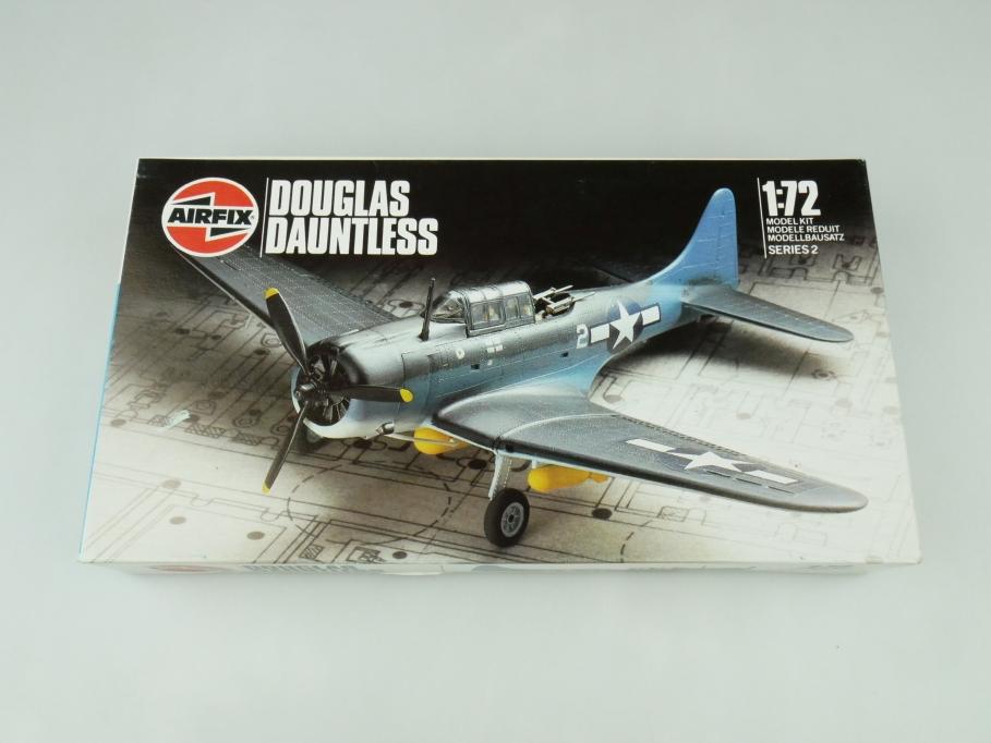Airfix 1/72 Douglas Dauntess 9 02022 OVP prop plane kit 109502