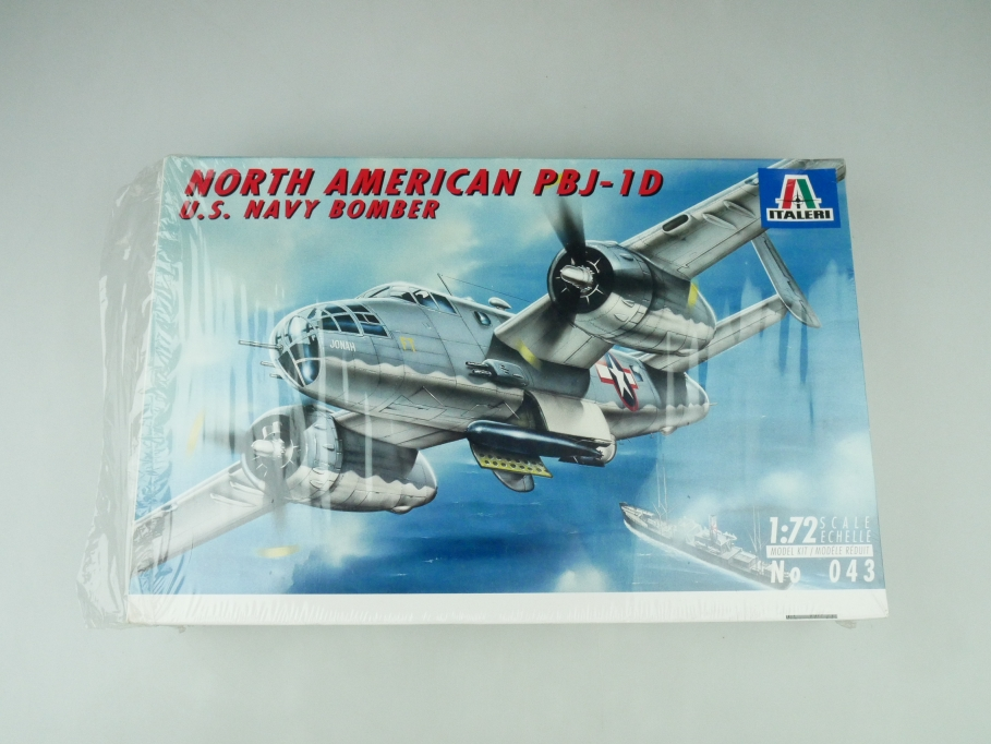 Italeri 1/72 North American PBJ-1D U.S. Navy Bomber No. 043 OVP plane kit 109538