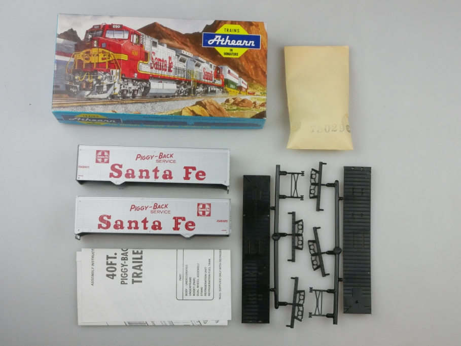 Athearn H0 5157 40 ft Trailer Set Santa Fe Bausatz Box PTA 109665