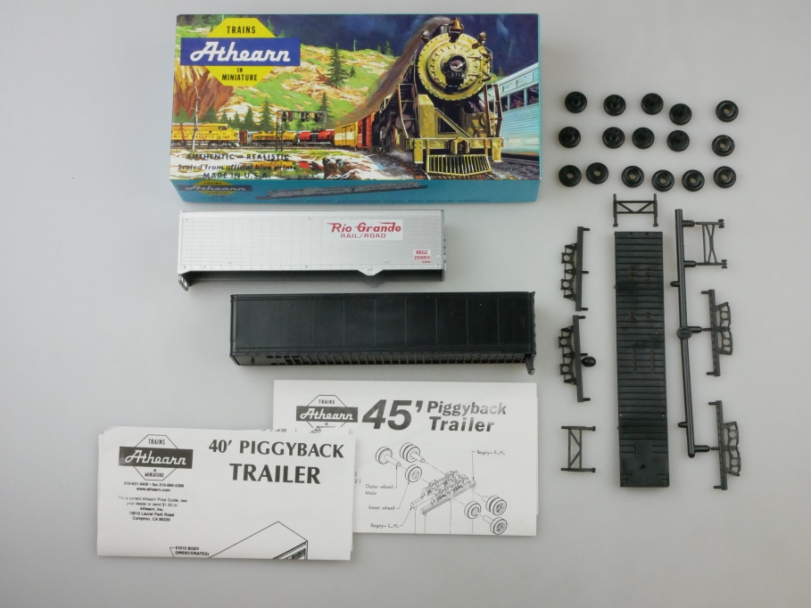 Athearn H0 5600 40-45 ft Trailer Set undecorated Bausatz Box PTA 109668