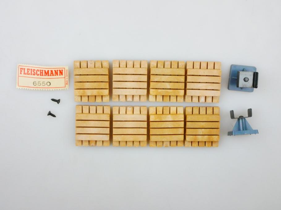 Fleischmann H0 6550 , 5595 2x4 Schwellenstapel + Auslegerstütze  PTA 109684