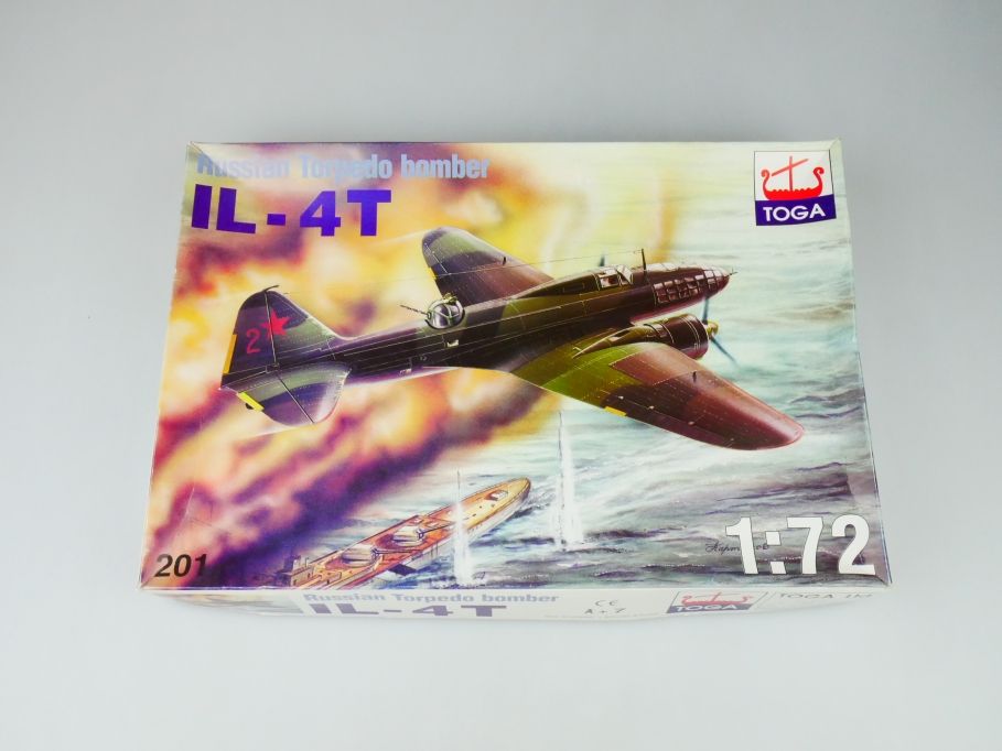 Toga 1/72 Russian Torpedo bomber IL-4T No. 201 ohne Decals! plane kit OVP 109744
